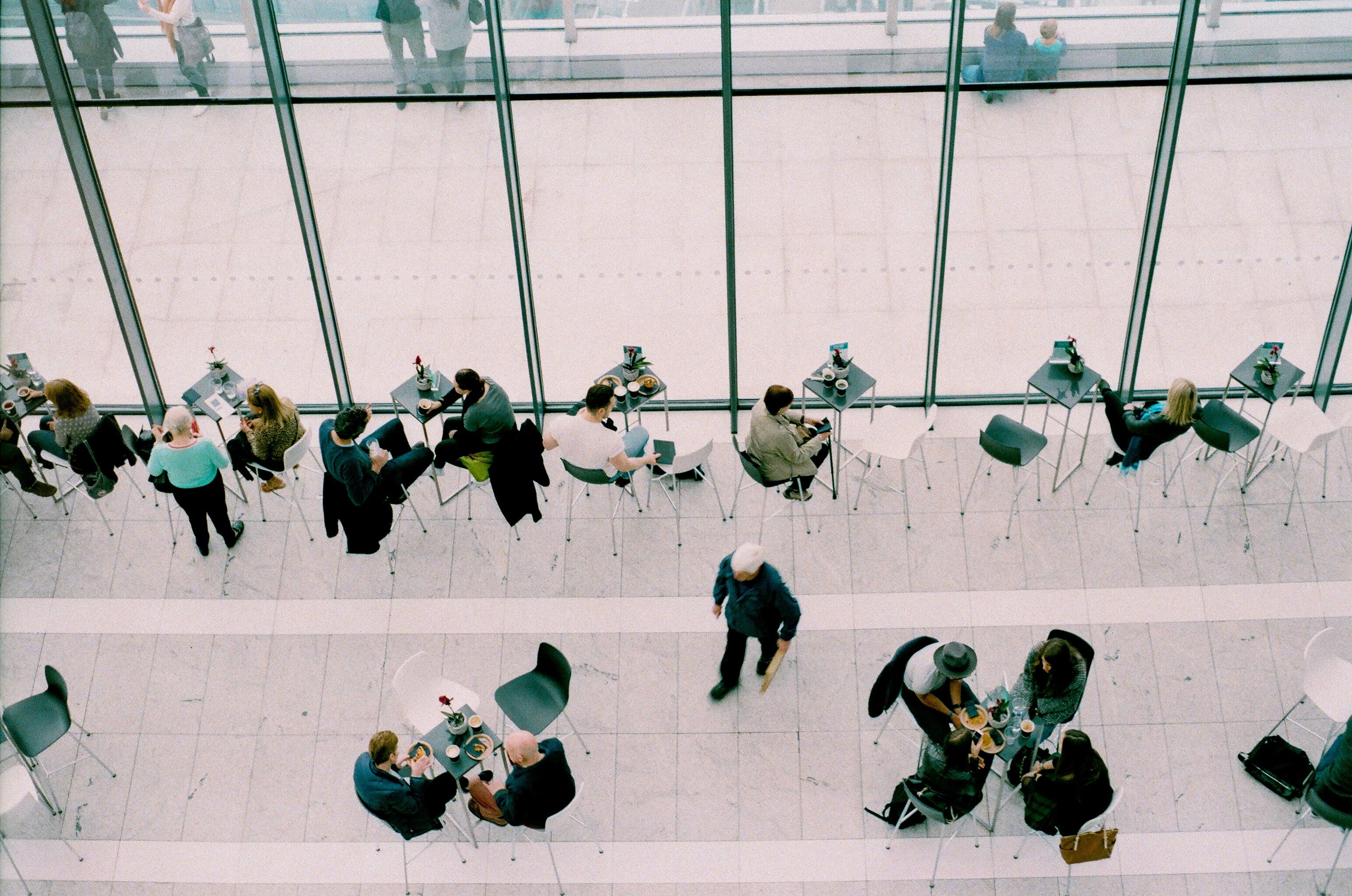 Як навчитися створювати професійні зв'язки?